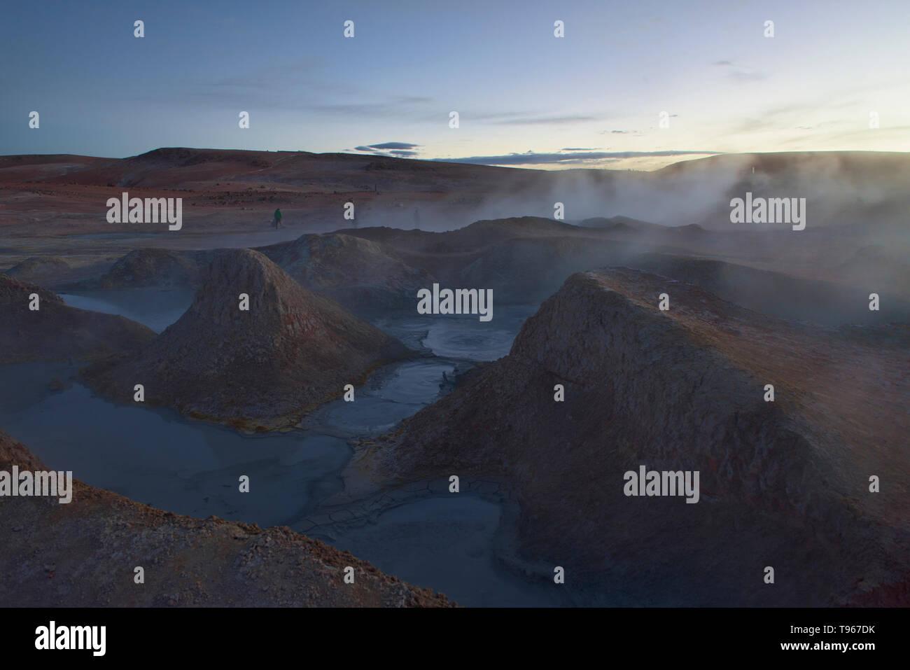 Sol de Mañana geysers steaming at dawn, Salar de Uyuni, Bolivia - Stock Image