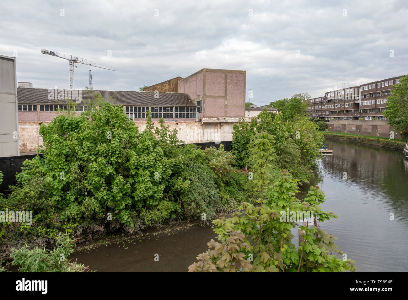 General view over the River Brent area that will be part of the Brentford High Street area prior to major redevelopment (Brentford Waterside). - Stock Image