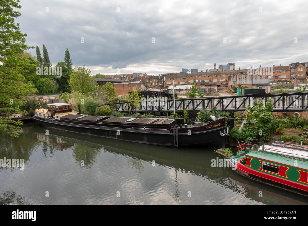 River Brent view of River Brent Brentford High Street area prior to major redevelopment beginning in 2019. - Stock Image