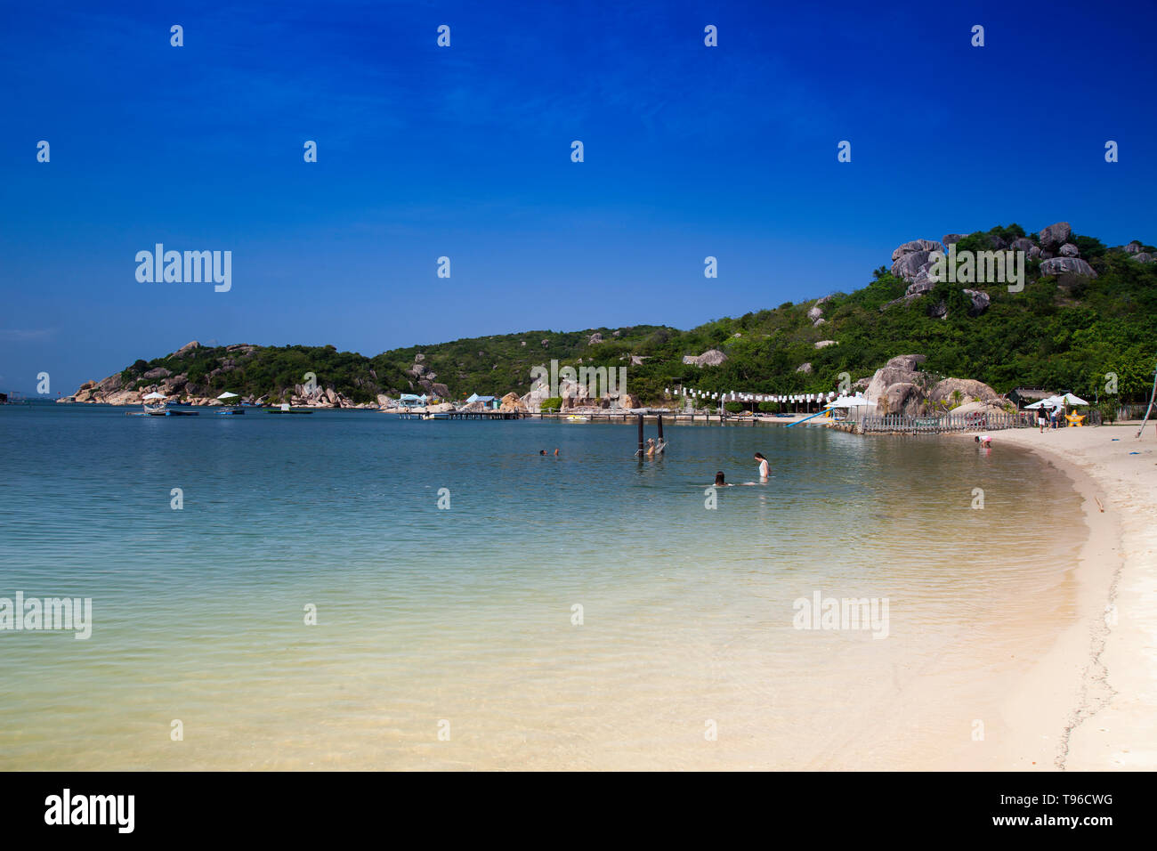 Beach and resort of Sao Bien in the Bay of Cam Ranh,south china sea, Ninh Thuan, Vietnam, Asia - Stock Image