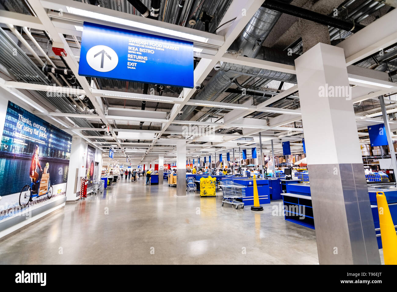 Incroyable May 12, 2019   East Palo Alto / CA / California   IKEA Cash ...