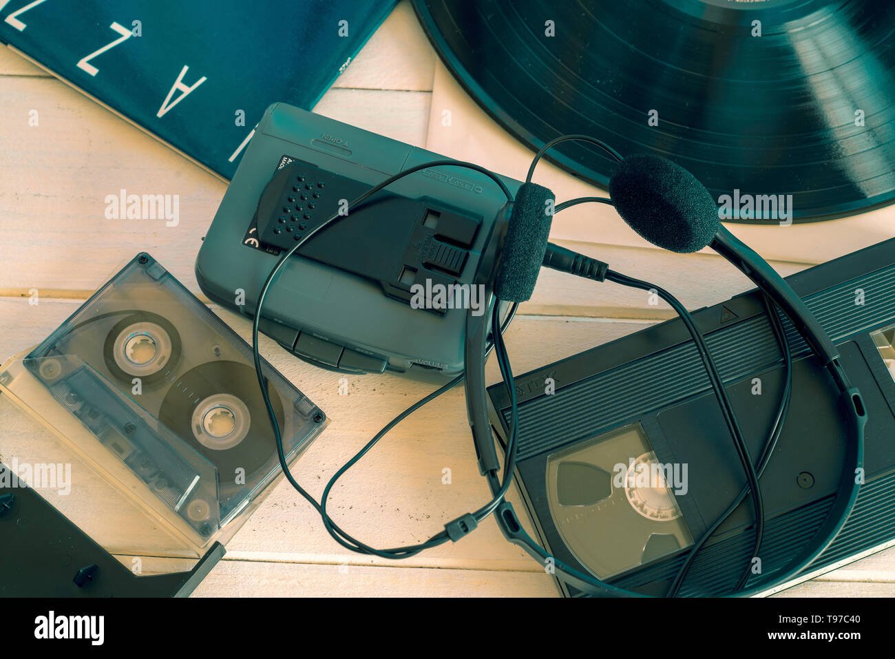 Vhs Player Stock Photos & Vhs Player Stock Images - Alamy on