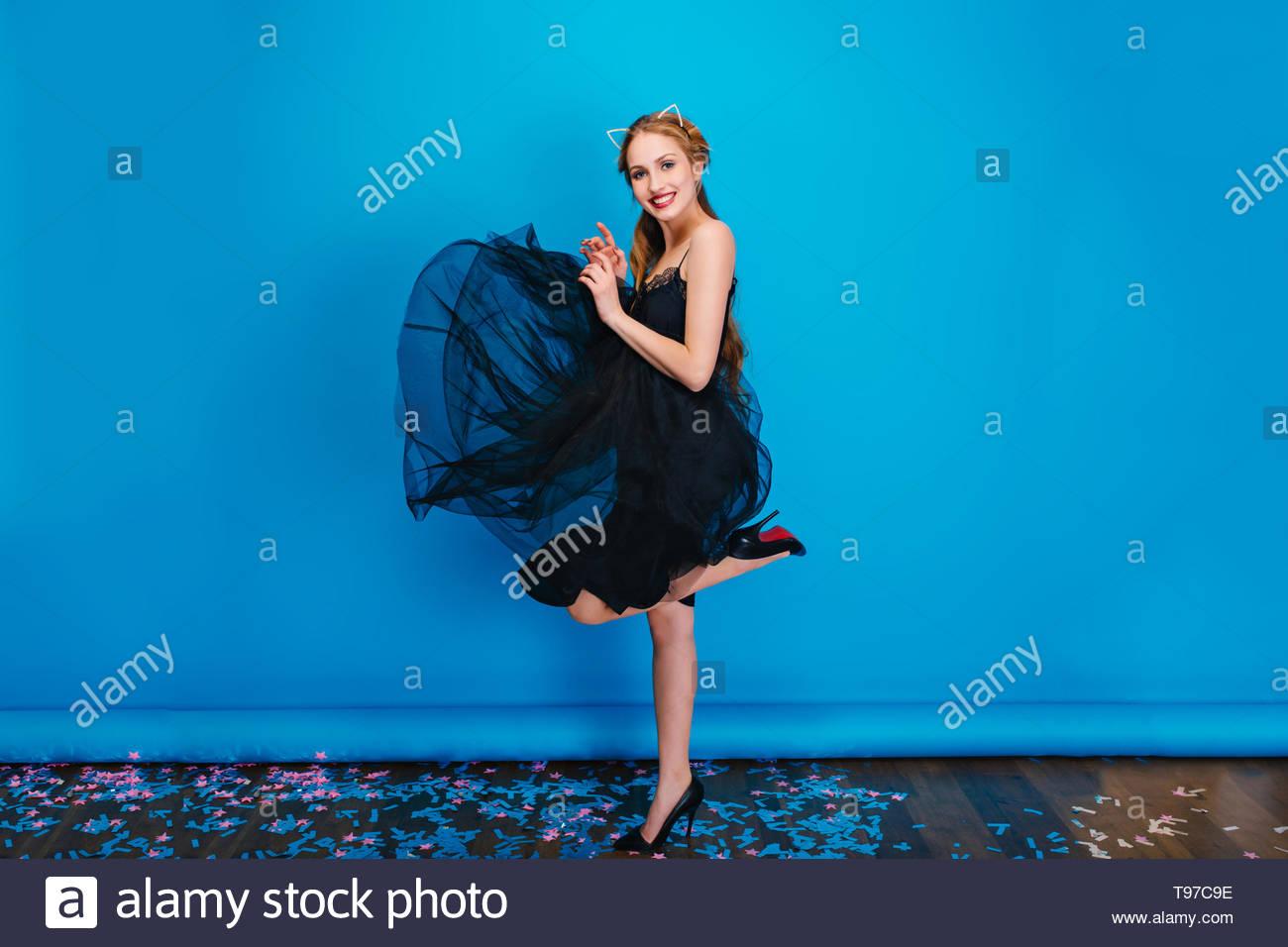 f5a63105bbd Woman Wearing Black Skirt High Heels Stock Photos & Woman Wearing ...