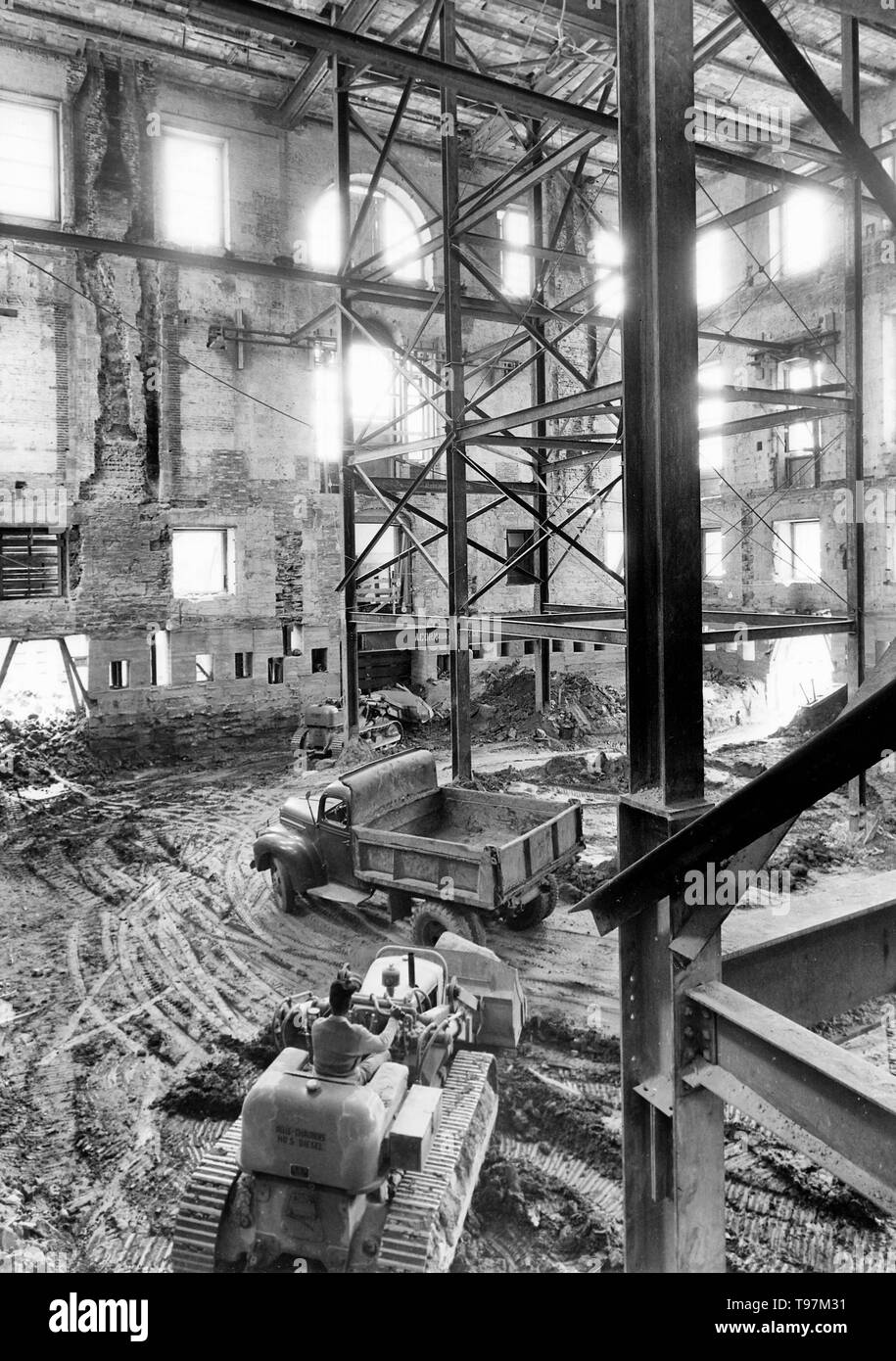 The Shell of the White House during the Renovation, 05/17/1950 - Stock Image