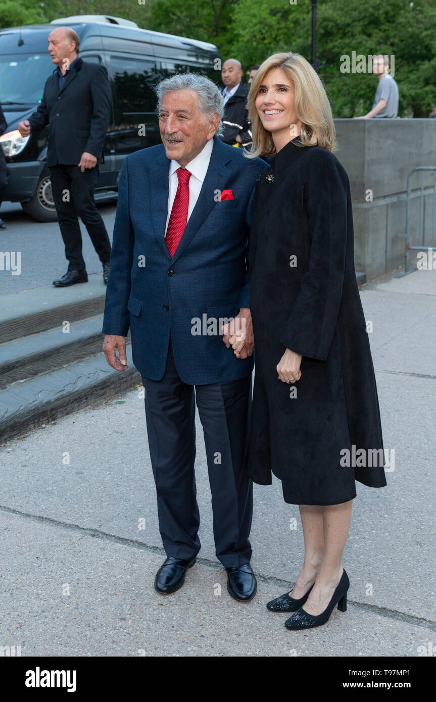 New York, NY - May 15, 2019: Tony Bennett and Susan Crow arrive at the Statue Of Liberty Museum Opening Celebration at Battery Park - Stock Image