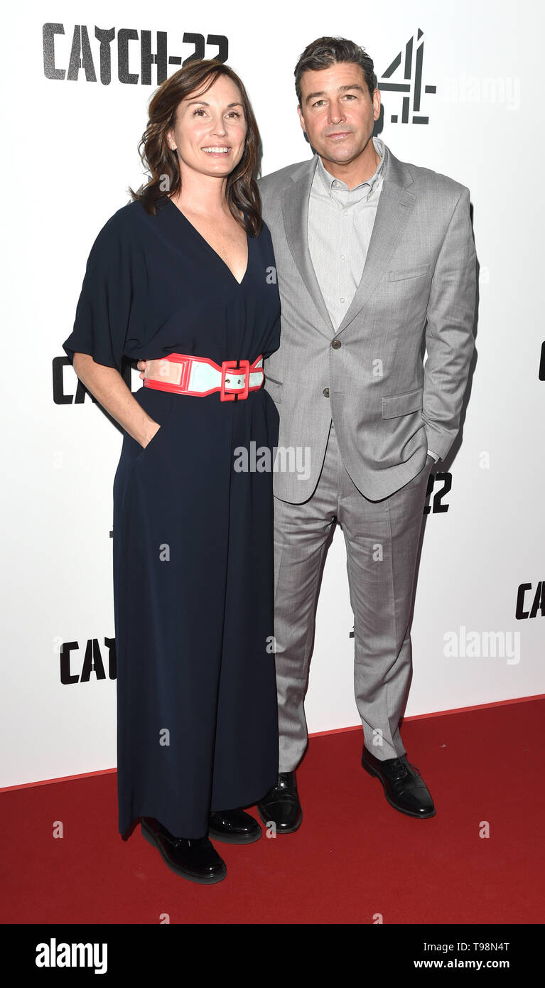 Photo Must Be Credited ©Alpha Press 079965 15/05/2019 Kathryn Chandler and Kyle Chandler Catch 22 UK Premiere Vue Westfield London - Stock Image