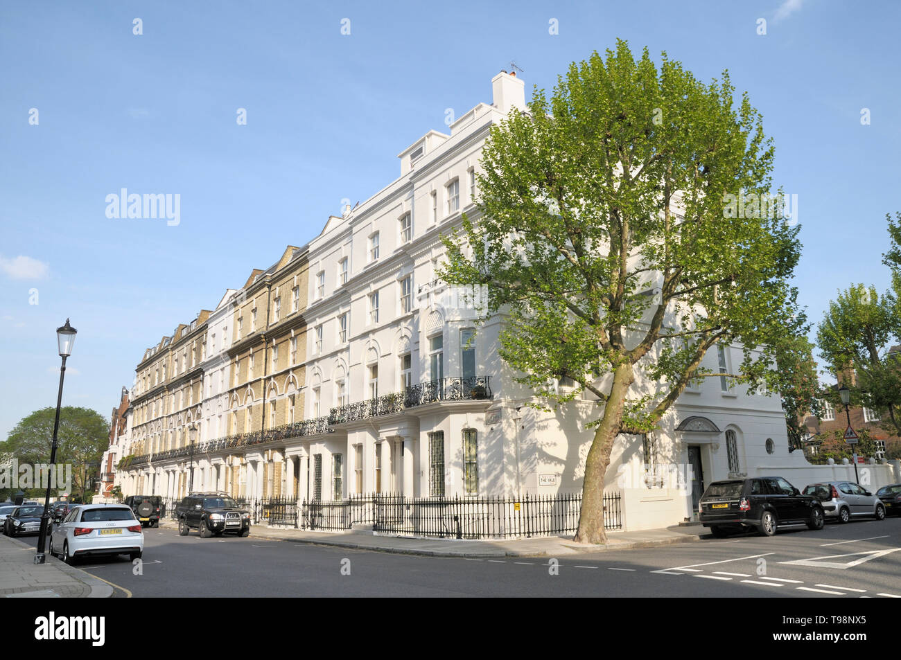 Period architecture at the junction of the leafy residential streets of Elm Park Road and The Vale, Chelsea, London SW3, England, UK Stock Photo