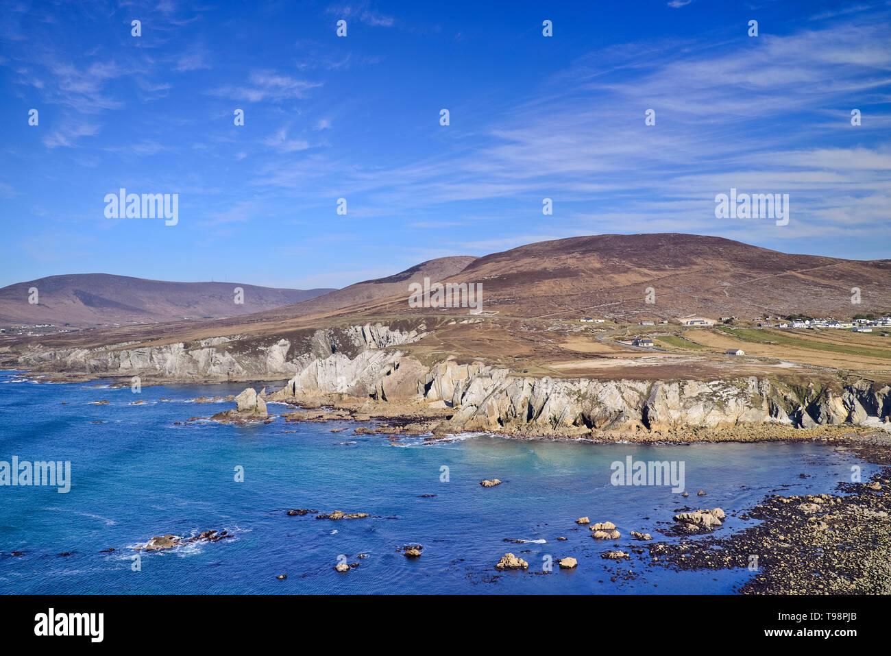 Ireland, County Mayo, Rocky seascape on the Atlantic Drive. - Stock Image