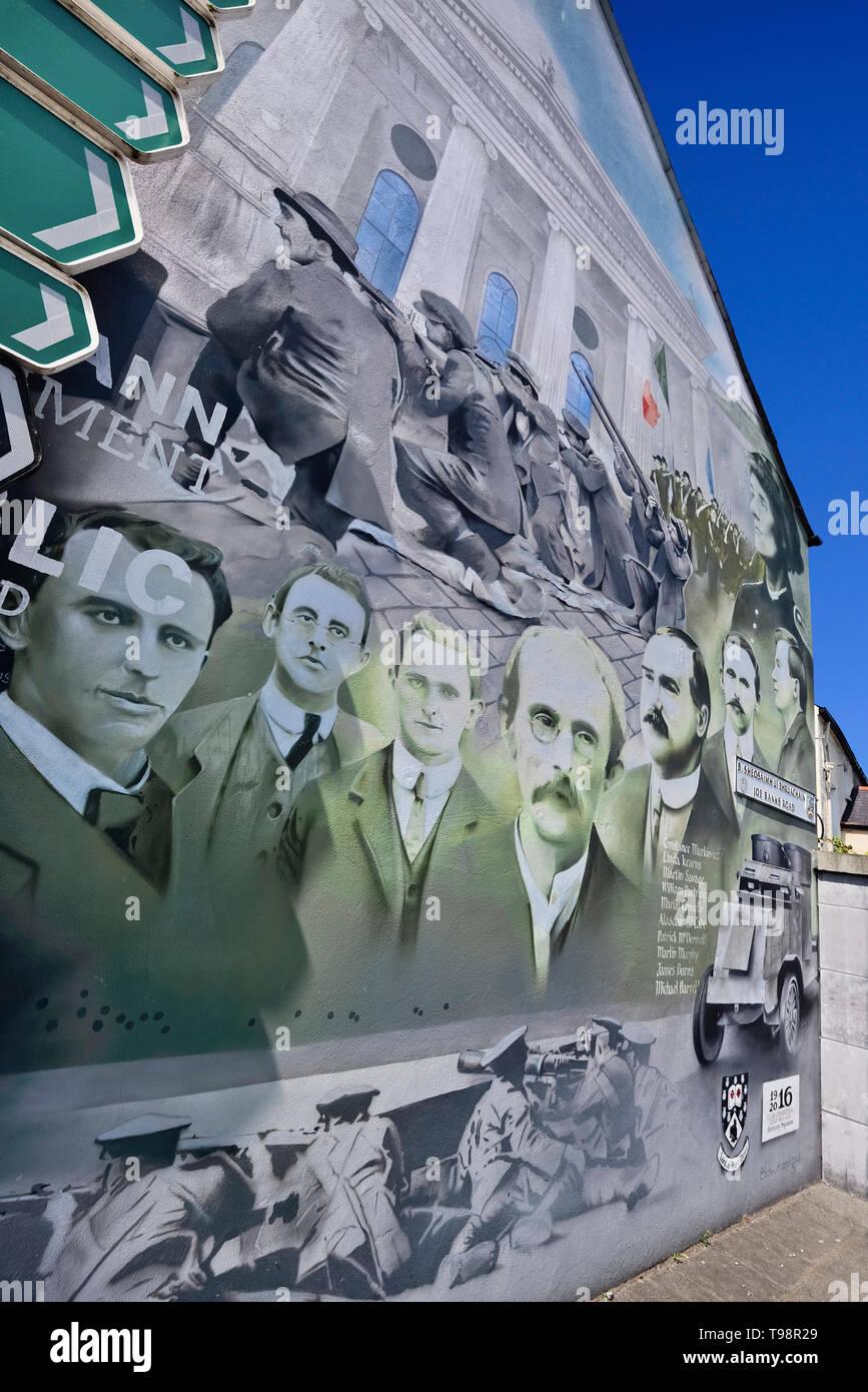 Ireland, County Sligo, Sligo town, Wall mural commemorating the 100th anniversary of the 1916 Rebellion in Ireland. - Stock Image