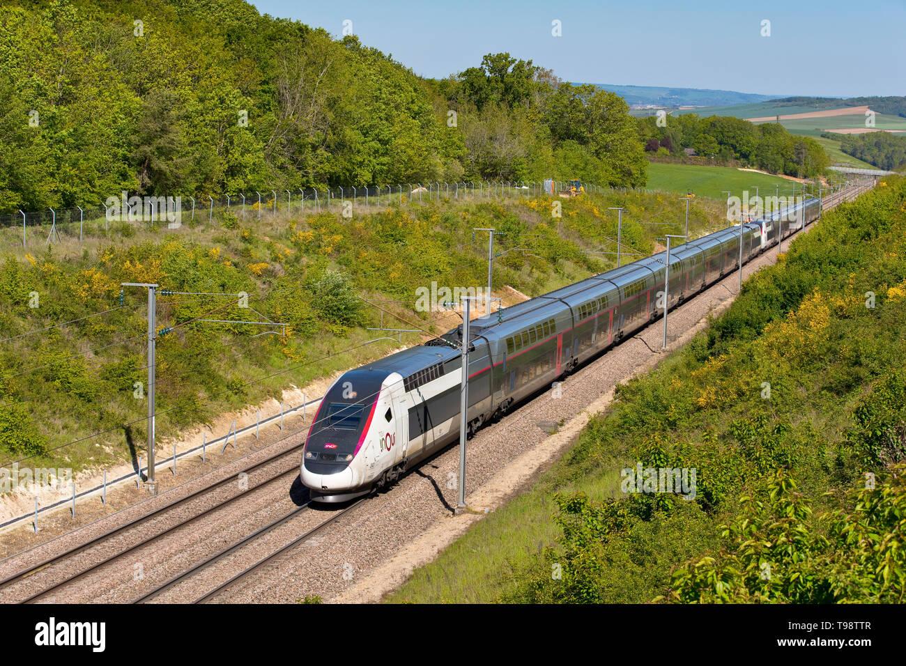 TGV inOui Duplex in Yonne, Burgundy, France - Stock Image