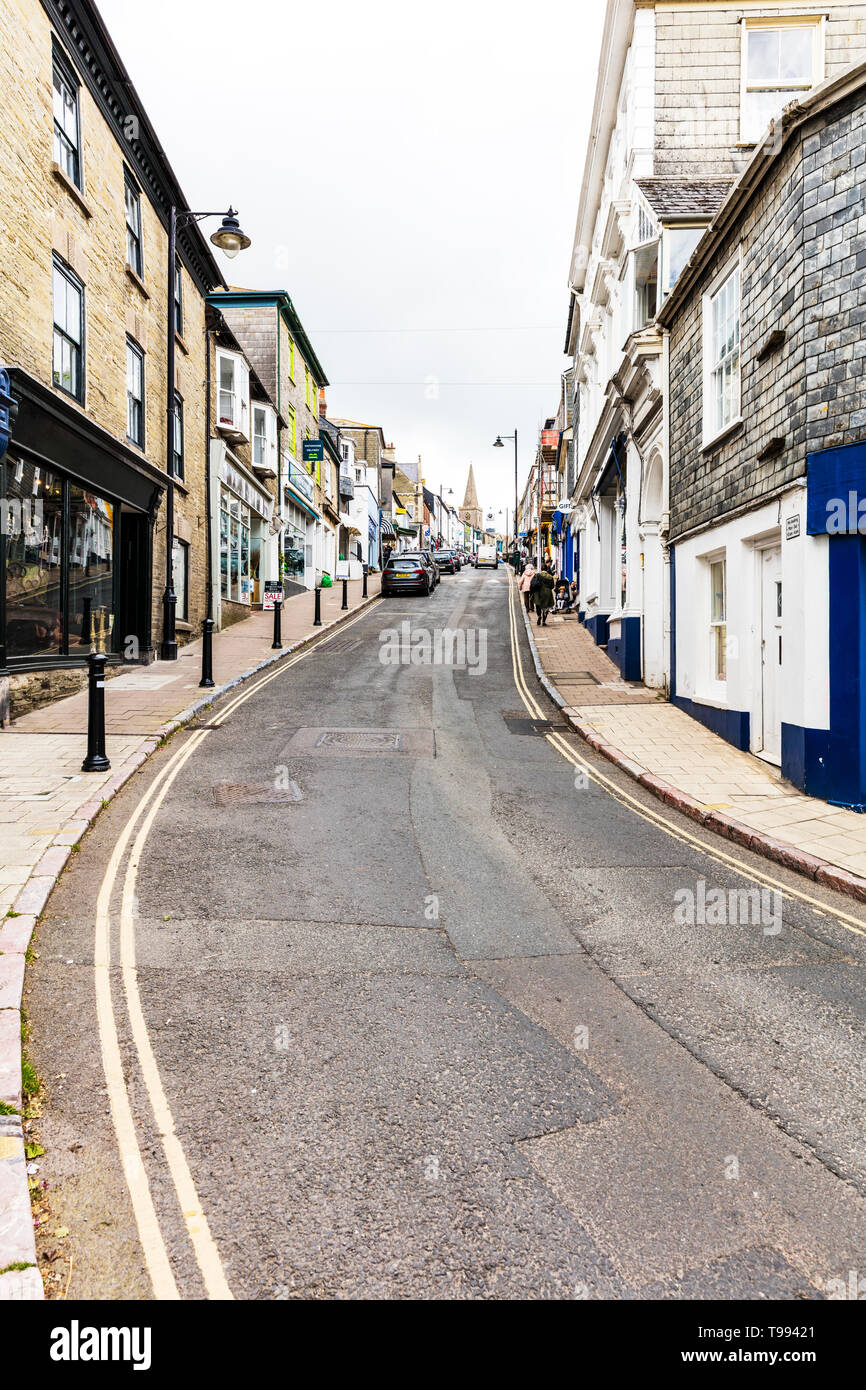 Kingsbridge, Devon, UK, England, Kingsbridge is a market town and tourist hub in the South Hams district of Devon, England, centre, shops, road, Stock Photo