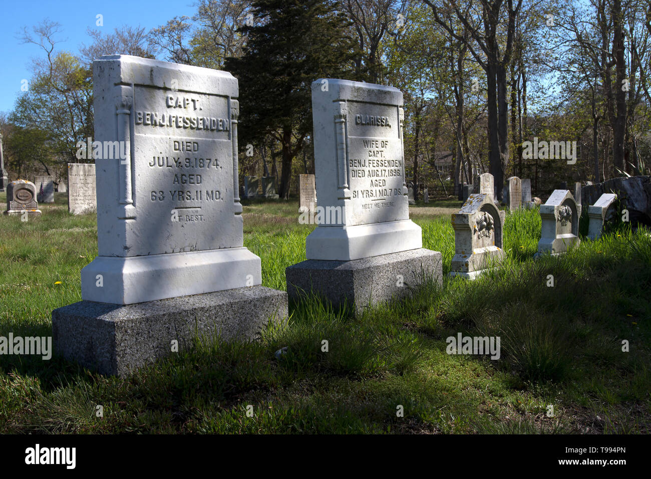 The grave of a sea captain and his wife in Brewster, Massachusetts, USA - Stock Image