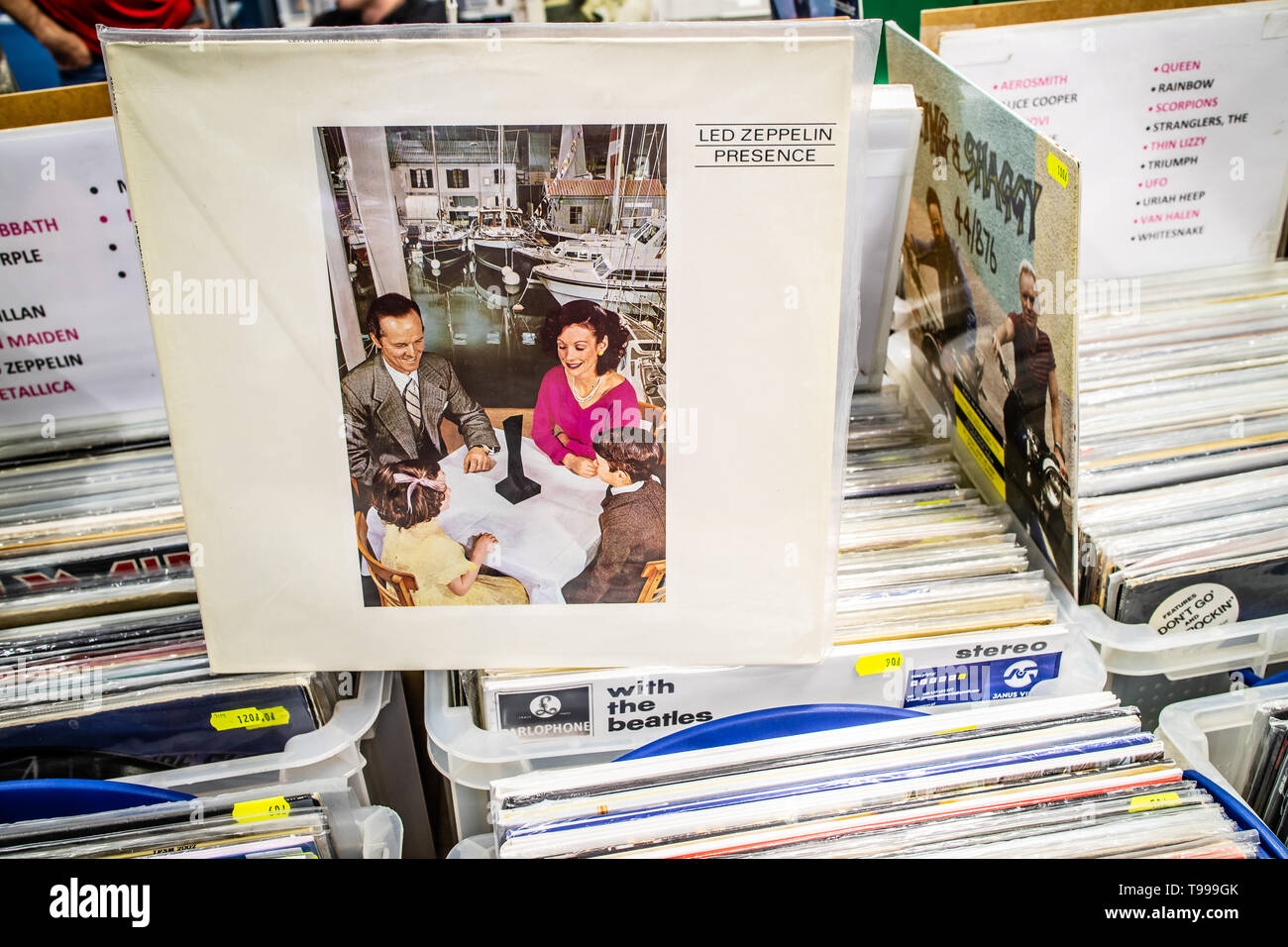 10 Inch Album Stock Photos & 10 Inch Album Stock Images - Alamy