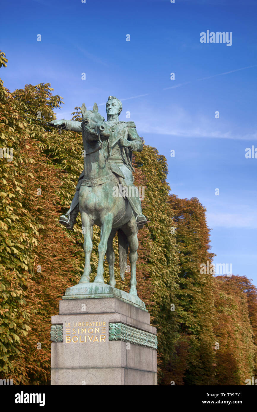 Monument to Simon Bolivar (leaders of the war of independence of the Spanish colonies in America) in Paris - Stock Image