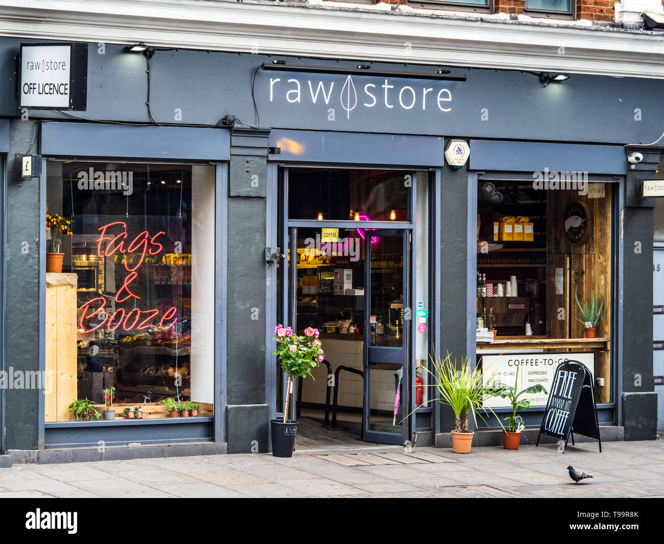 Raw Store Shoreditch - an organic independent shop on a former NISA site on Old Street, focussing on organic and unique products - Stock Image
