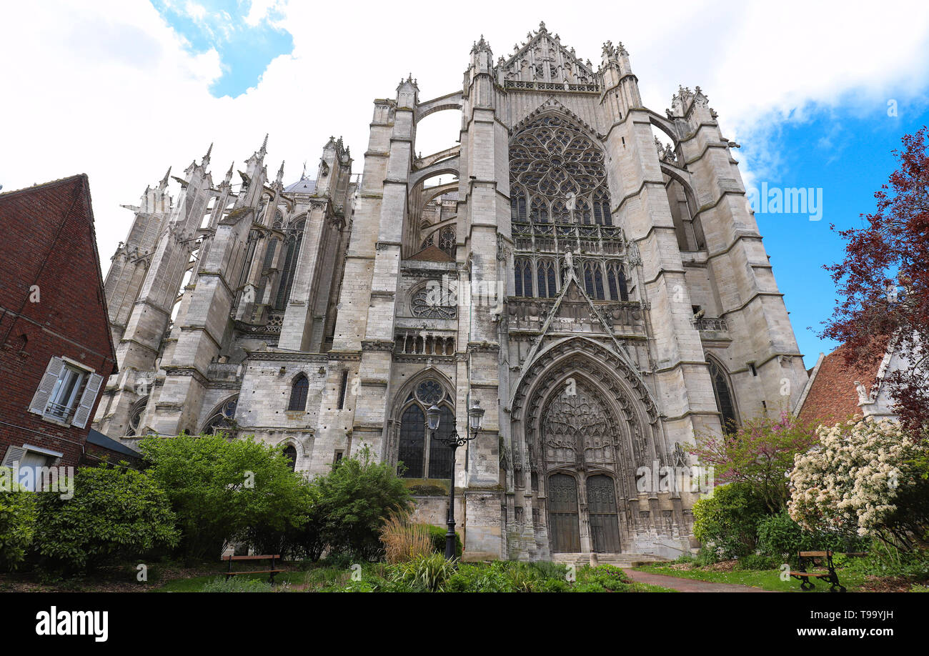 Cathedral Of Saint Peter Of Beauvais Stock Photos
