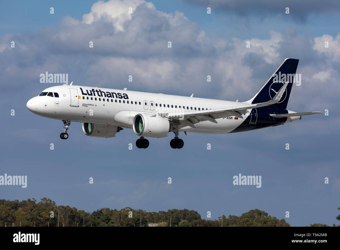Lufthansa Airbus A320-271N (D-AINM) landing 31, in new color scheme. - Stock Image
