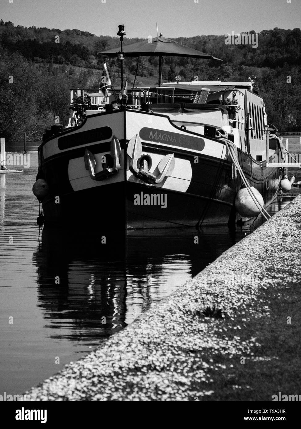 Magna Carta Boat, on River Thames, nr Henley-on-Thames, Oxfordshire, England, UK, GB. - Stock Image