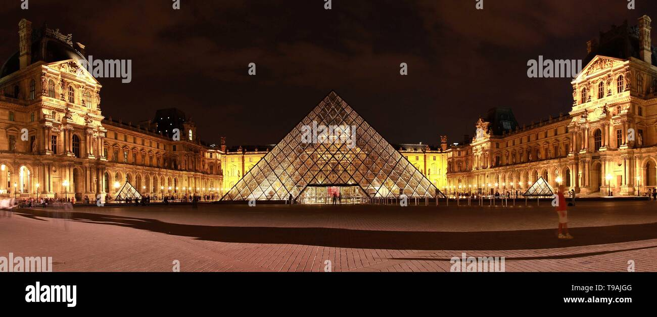 Beijing, China. 21st May, 2011. File photo taken on May 21, 2011 shows the night view of the Louvre glass pyramid designed by world-renowned architect Ieoh Ming Pei in Paris, France. Ieoh Ming Pei, commonly known as I.M. Pei, died Thursday at age 102. Pei was born in Guangzhou of China and moved to the United States in 1935. He won a wide variety of prizes and awards in the field of architecture. Credit: Tang Ji/Xinhua/Alamy Live News - Stock Image