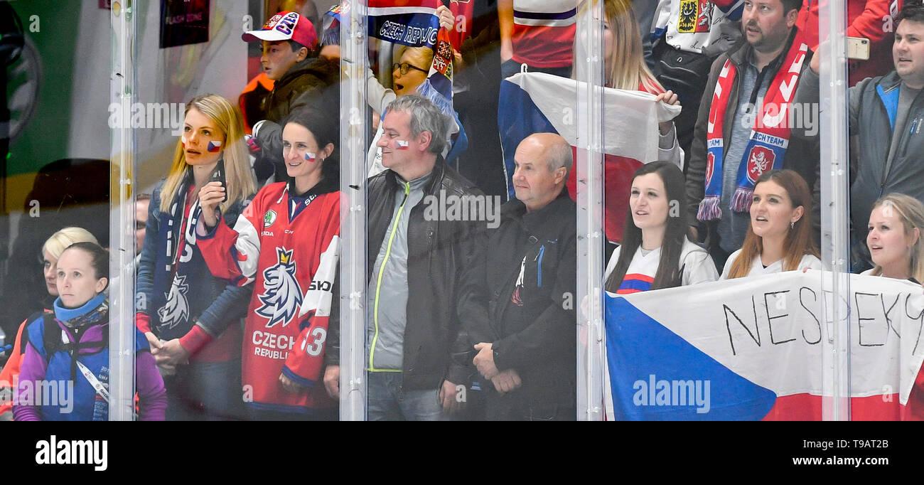 Bratislava, Slovakia. 17th May, 2019. Czech speed skaters Martina Sablikova (4th left) and Nikola Zdrahalova (3rd left) in action during the Ice Hockey World Championships group B match between Czech Republic and Italy in Bratislava, Slovakia, May 17, 2019. Credit: Vit Simanek/CTK Photo/Alamy Live News - Stock Image
