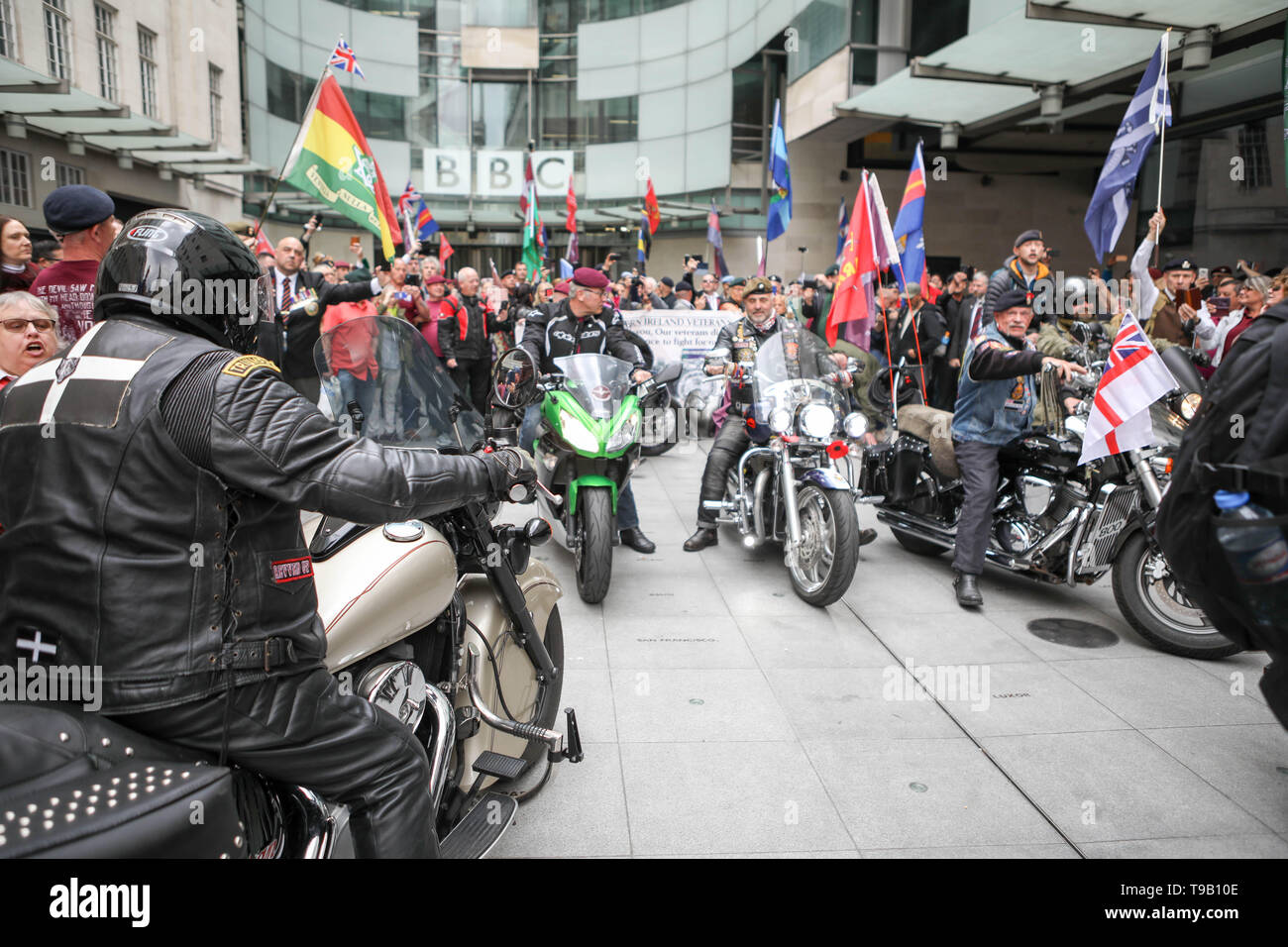 Broadcasting House, London, UK. 18th May, 2019. Hundreds of veterans demonstrate outside the BBC in protest of the prosecution of Soldier F - who faces murder charges over the Bloody Sunday shootings in 1972. Credit: Penelope Barritt/Alamy Live News - Stock Image