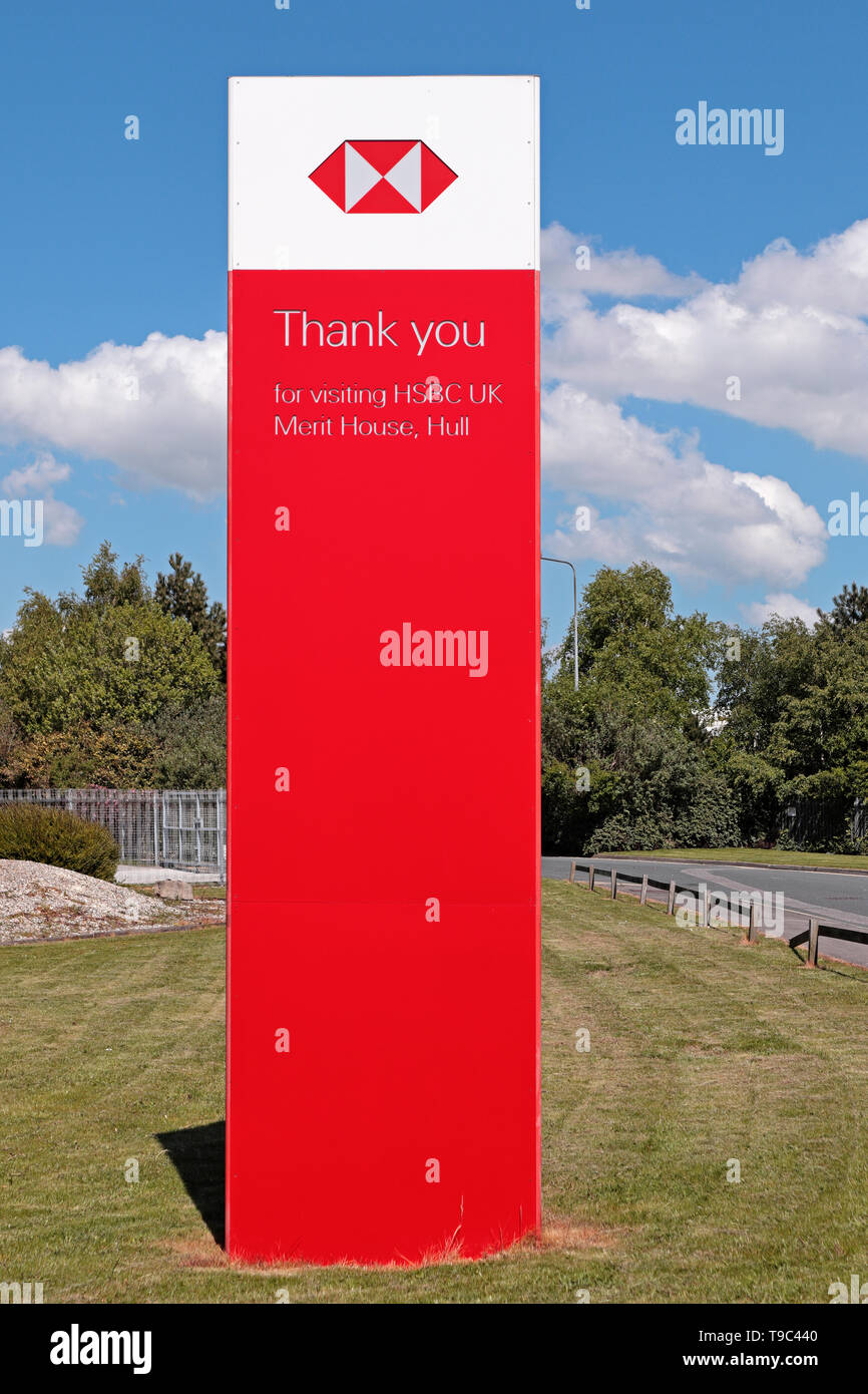 Bright red and white sign outside HSBC bank saying 'Thank you for visiting HSBC UK Merit House, Hull - Stock Image