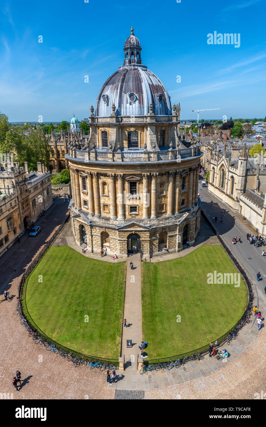 The Radcliffe Camera is a building of Oxford University, designed by James Gibbs in the neo-classical style. The famous landmark building in the centr - Stock Image