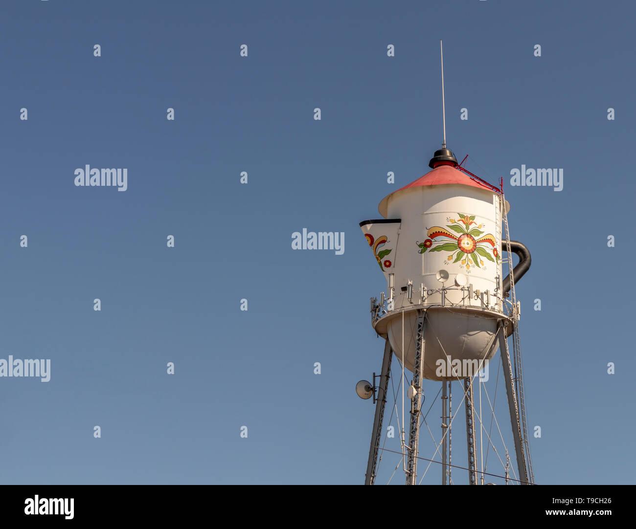 Water Tower designed to look like a Swedish Coffee Pot. Kingsburg, Fresno County, California, USA. - Stock Image