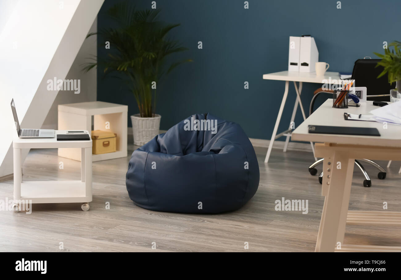 Beanbag chair in interior of office - Stock Image