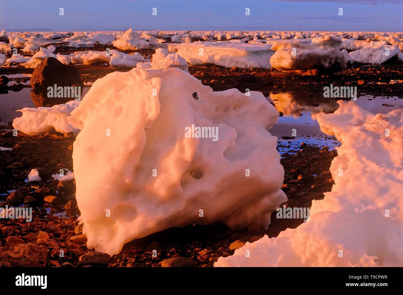Icebergs along the Hudson Bay coastline Churchill, Manitoba, Canada - Stock Image