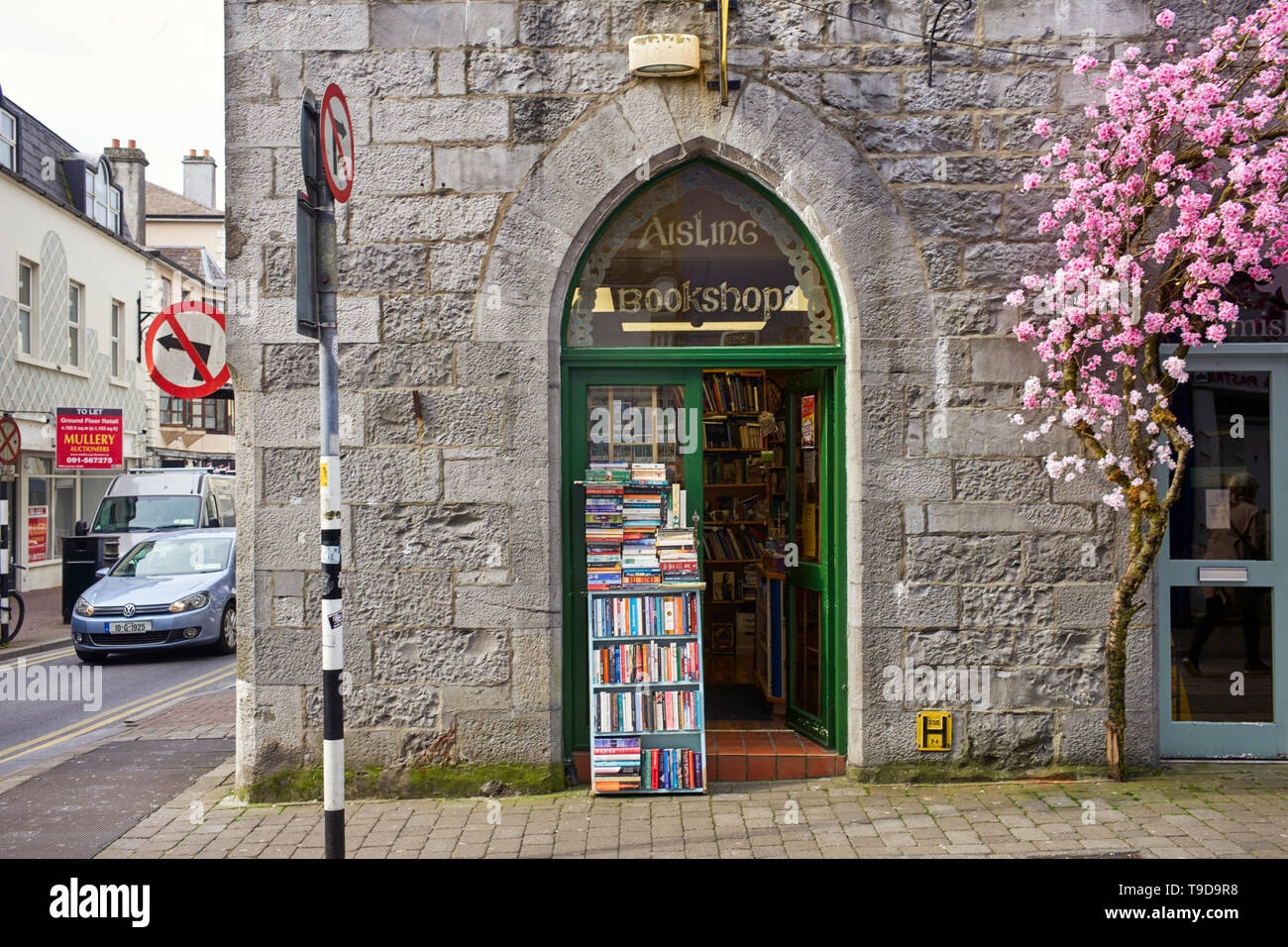 Aisling secondhand Bookshop in Galway, Ireland - Stock Image