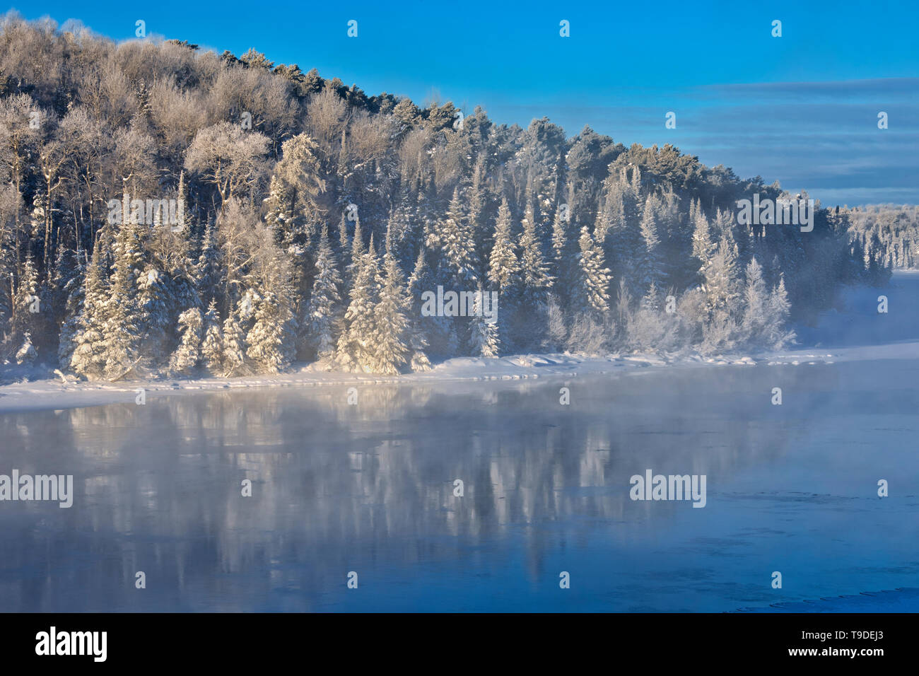 Fog on Lac Seul in winter Ear Falls Ontario Canada - Stock Image