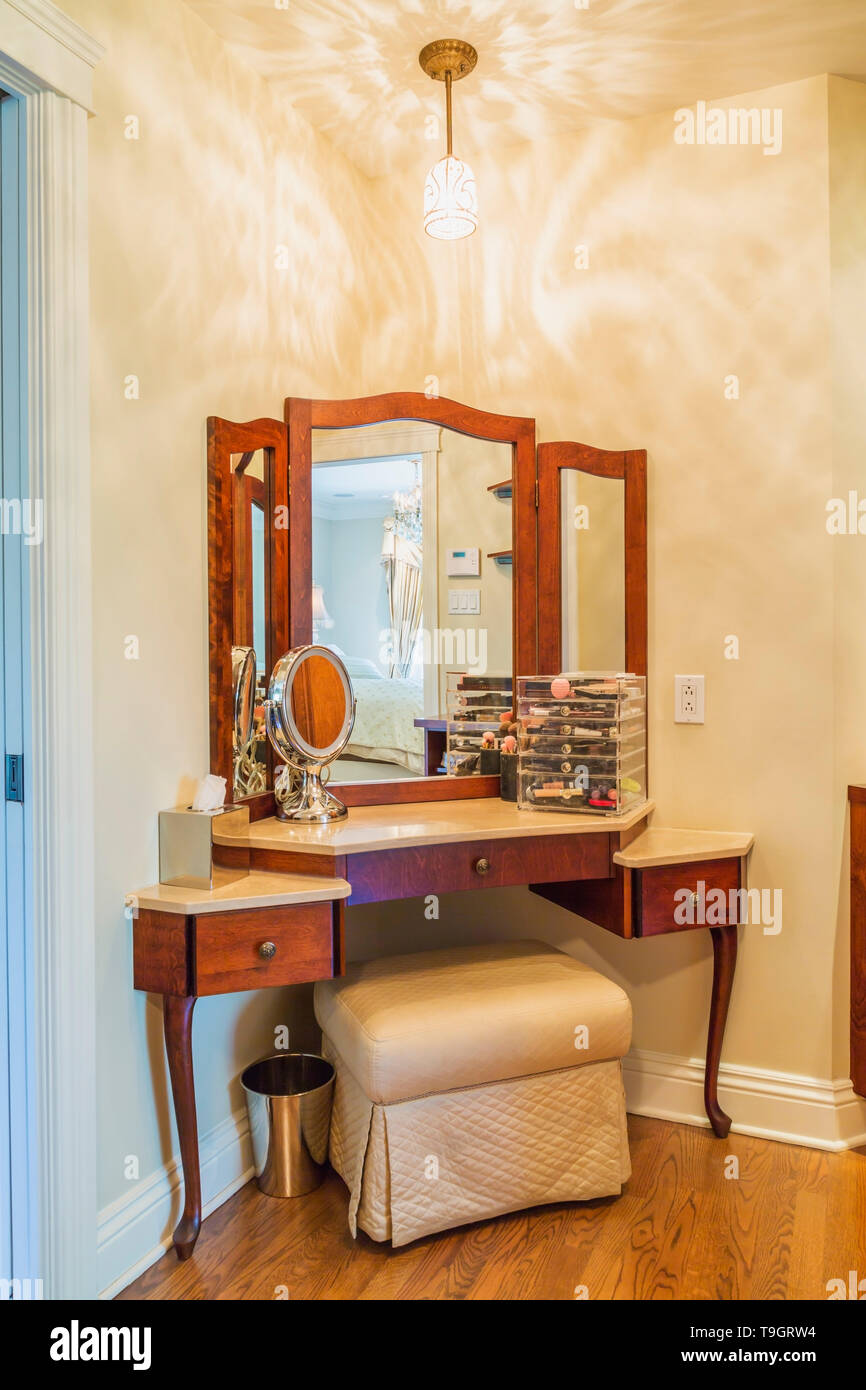 Makeup Table With Padded Bench In Master Bedroom En Suite Inside A Luxurious Residential Home Quebec Canada This Image Is Property Released Cupr0353 Stock Photo Alamy