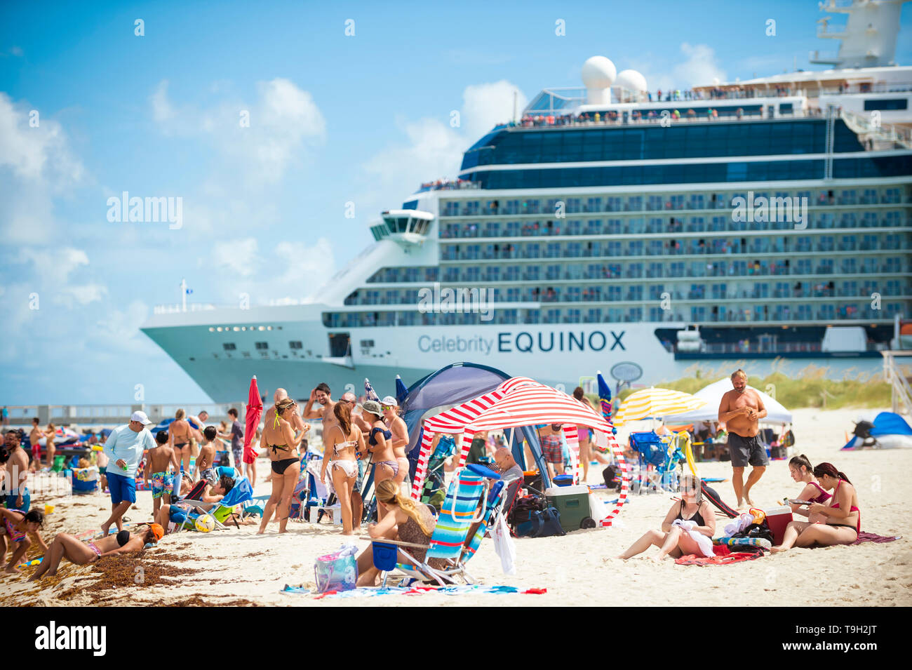 Equinox South Beach >> Miami June 2018 The Celebrity Equinox Cruise Ship Passes