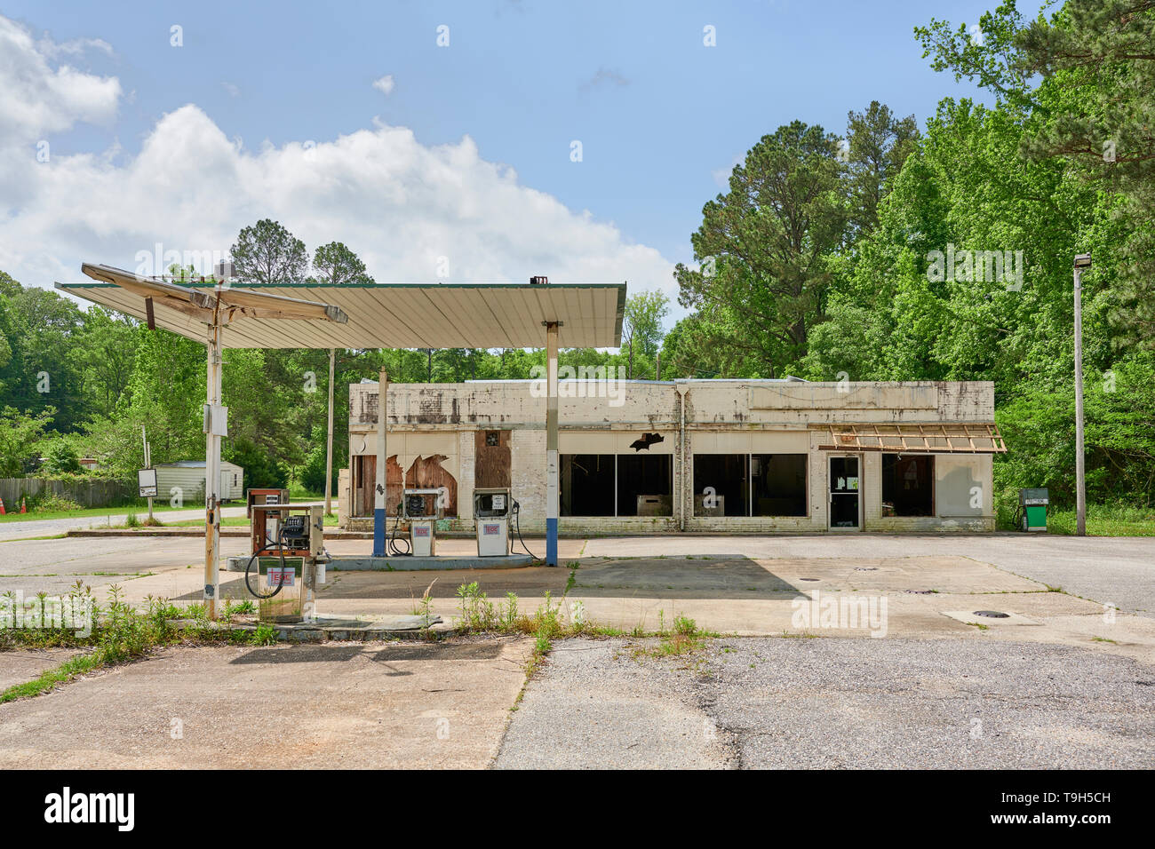 Gas Station Rural America Oil High Resolution Stock Photography And Images Alamy