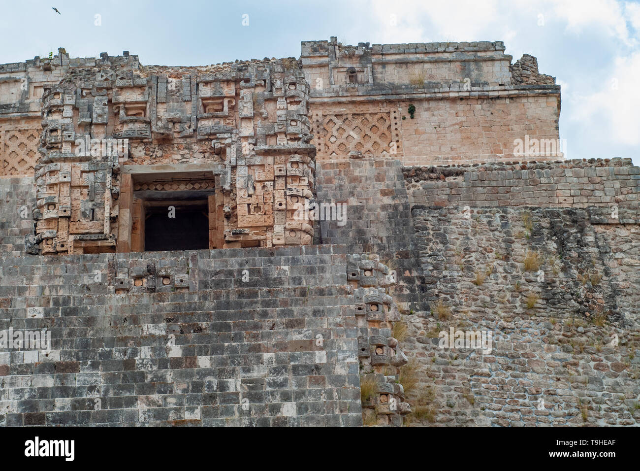 Details of a Mayan temple, of the Ek Balam archaeological area, on the Yucatan peninsula - Stock Image