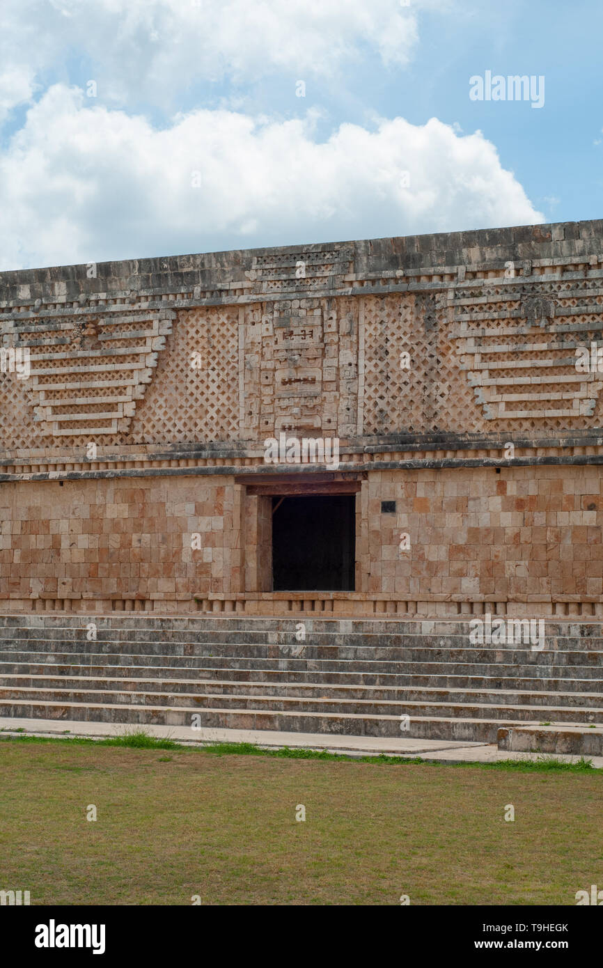 Facade of a Maya building, in the archaeological area of Ek Balam, on the Yucatan peninsula - Stock Image