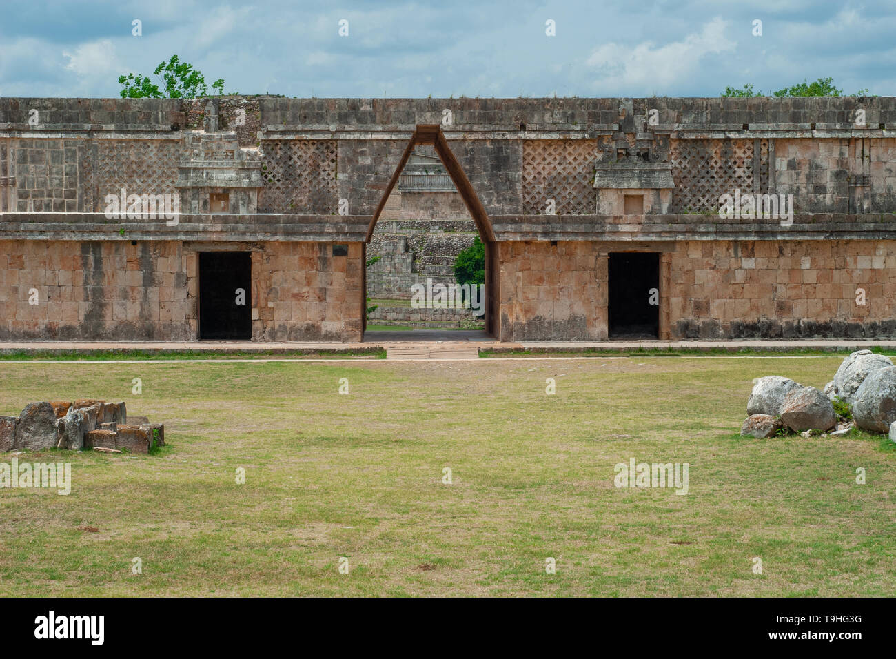 Architectural facade of a Mayan building, in the archaeological area of Ek Balam, on the Yucatan peninsula - Stock Image