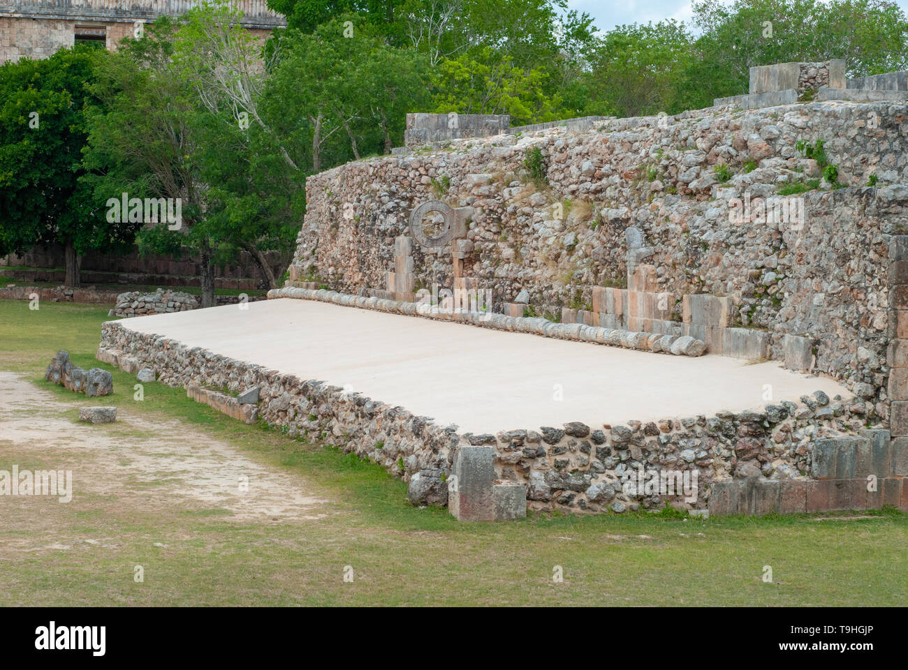 Field for the Mayan game of the Pelota, with ring on the summit, in the archaeological area of Ek Balam, in the Yucatan peninsula - Stock Image
