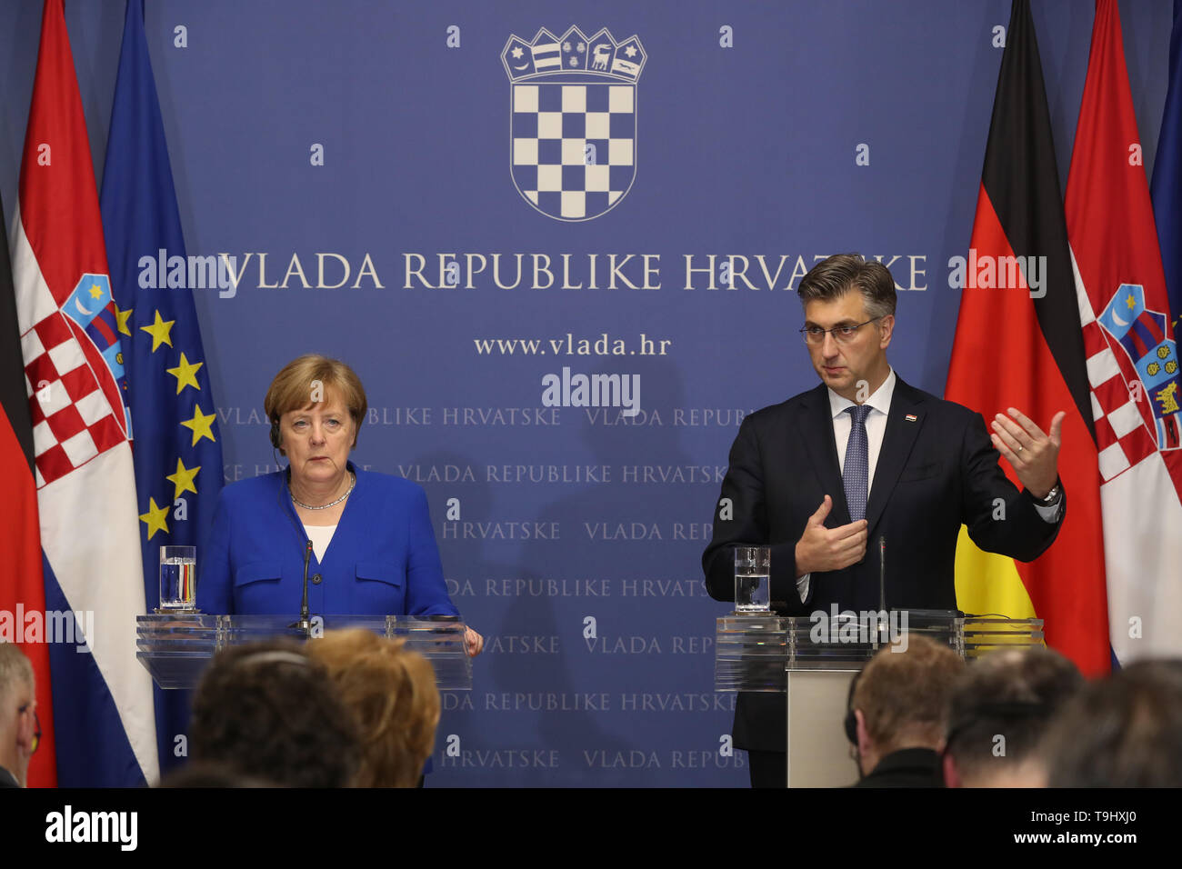 Zagreb, Croatia. 18th May, 2019. Croatian Prime Minister Andrej Plenkovic (R) and visiting German Chancellor Angela Merkel attend a press conference in Zagreb, Croatia, May 18, 2019. Croatia is on the right path to entry into the Schengen area and has the support of Germany, German Chancellor Angela Merkel said here on Saturday after a formal part of the talks with Croatian Prime Minister Andrej Plenkovic. Credit: Robert Anic/Xinhua/Alamy Live News - Stock Image