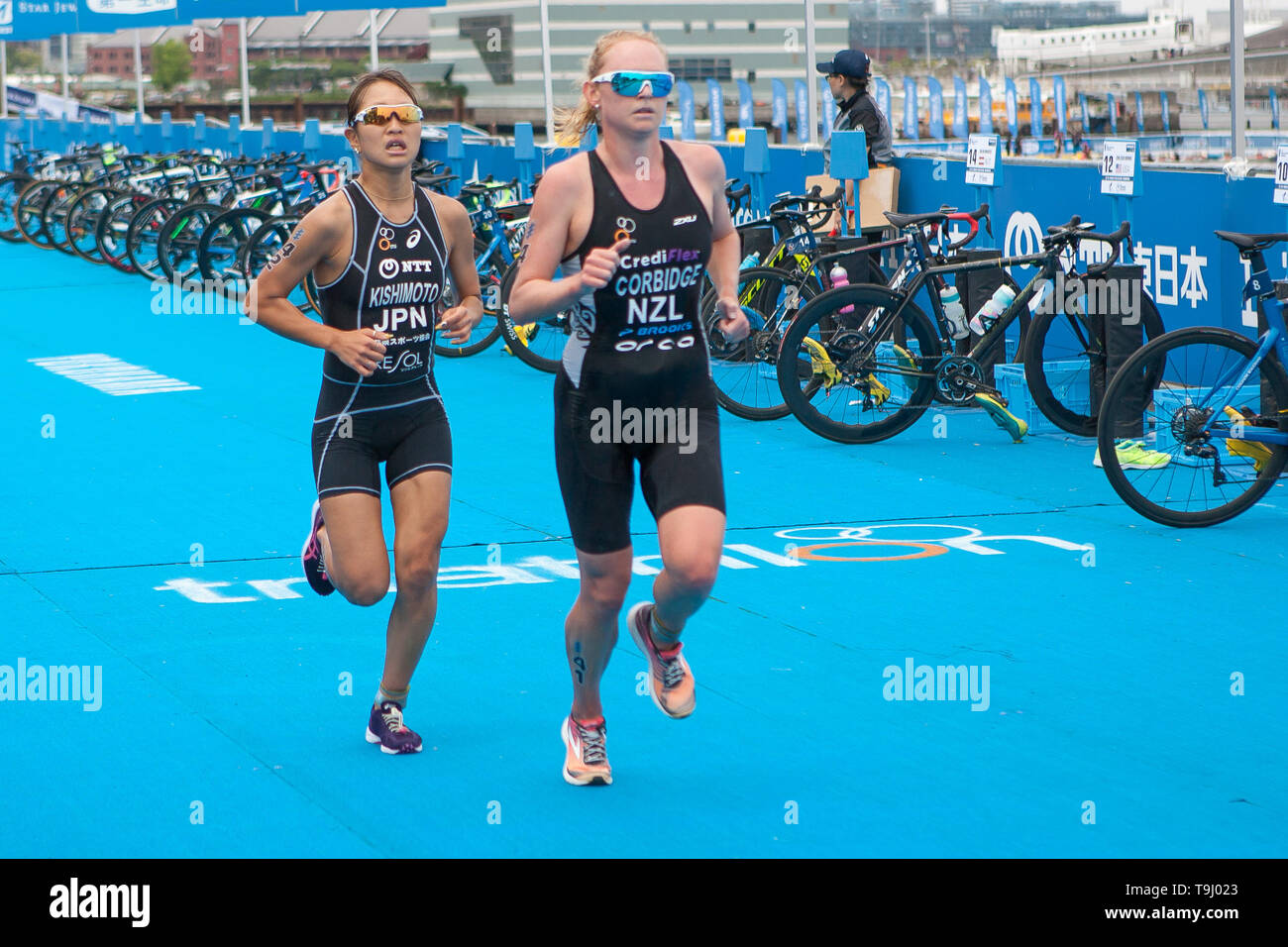 Yokohama, Japan. 18th May, 2019. 2019 ITU World Triathlon, World Paratriathlon Yokohama at Yamashita Park and Minato Mirai, Yokohama. Kishimoto, Corbridge (Photos by Michael Steinebach/AFLO) Credit: Aflo Co. Ltd./Alamy Live News Stock Photo