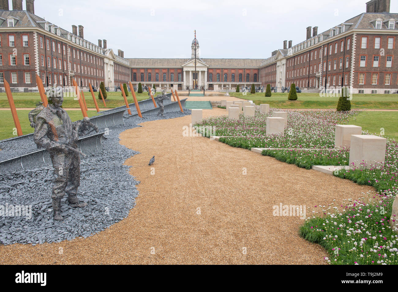 Royal Hospital Chelsea, London, UK. 19th May 2019. Chelsea Flower Show 2019 readies itself for judges with public opening on 21st May, with finishing touches to outdoor gardens. Image: The D-Day 75 Garden, which will be moved to Normandy in time for the 75th Anniversary of D-Day. Designed by John Everiss Design. Credit: Malcolm Park/Alamy Live News. Stock Photo