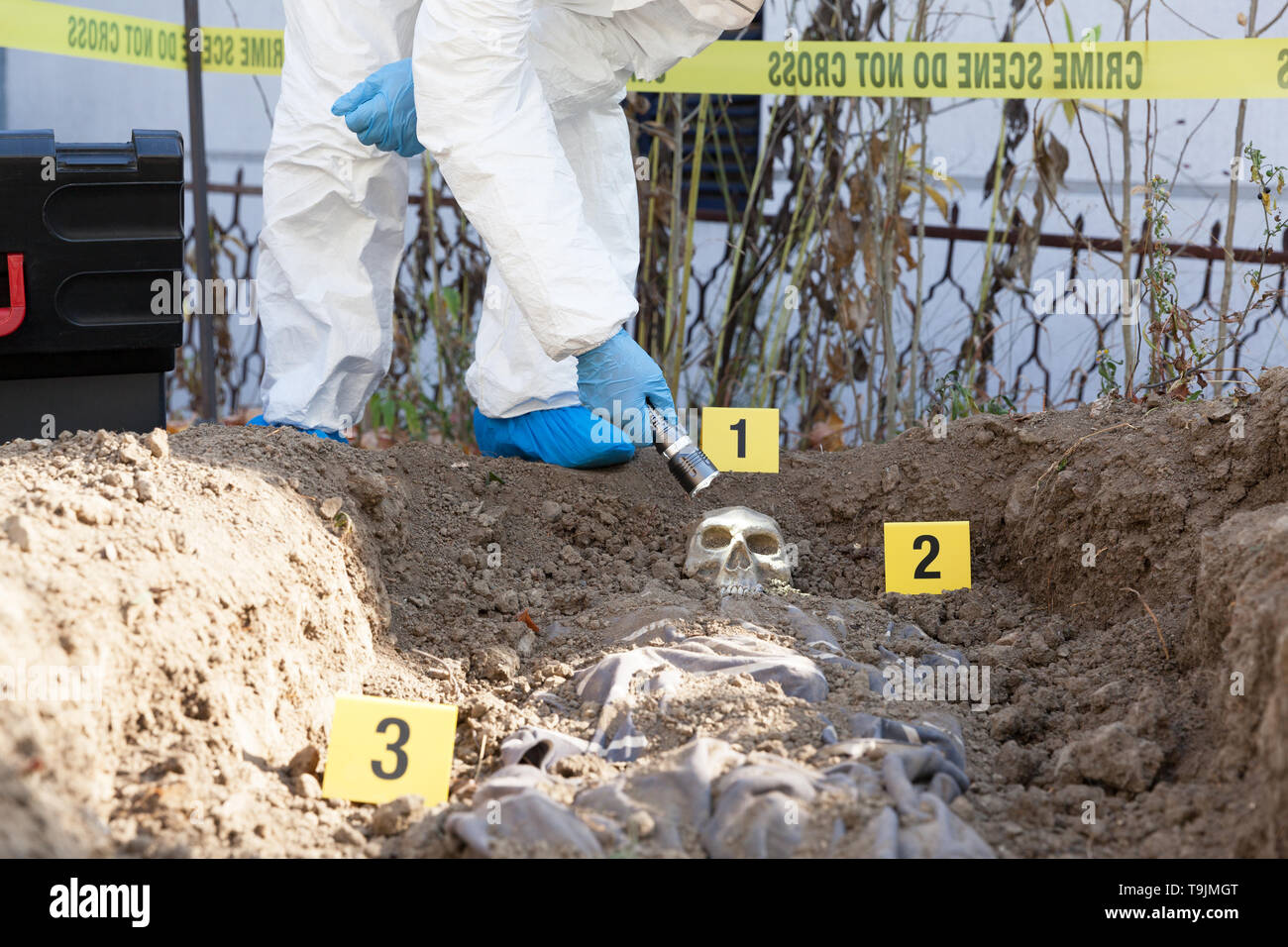 Crime Investigation Collecting Evidence High Resolution Stock Photography And Images Alamy