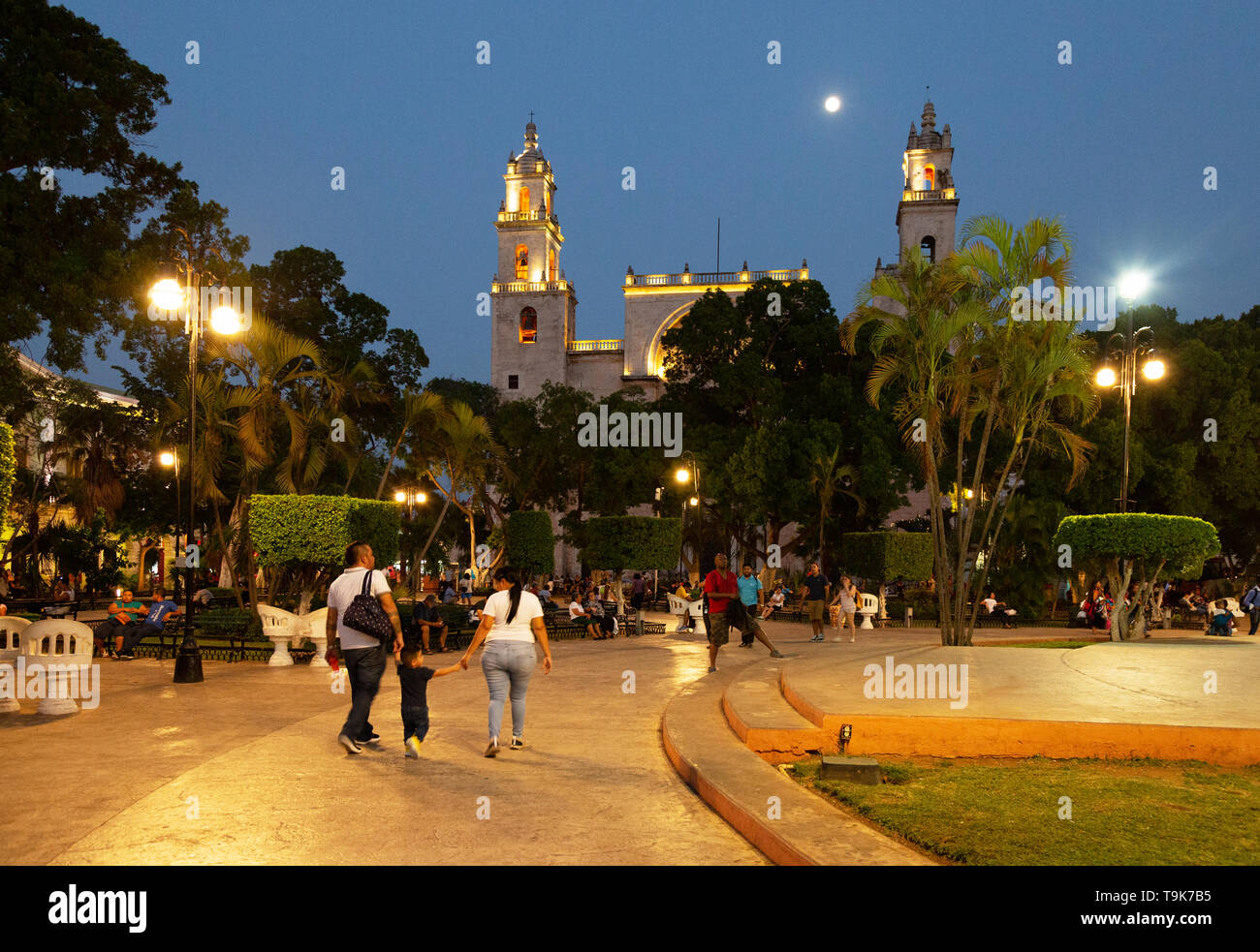 Merida Yucatan Mexico - people in the Plaza de Independencia, or central square, - Stock Image