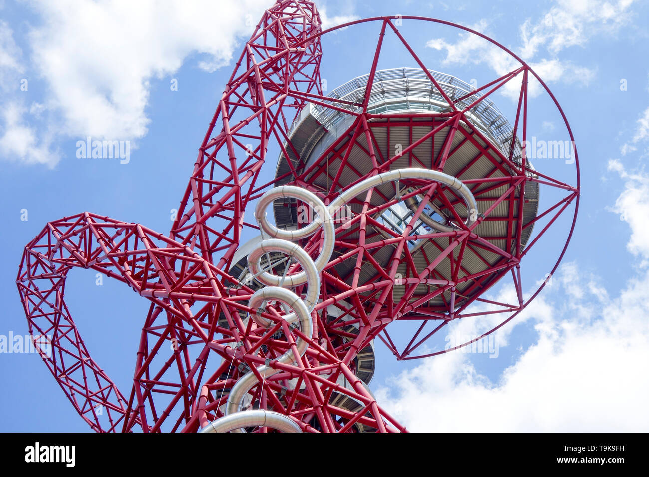 The 114.5m tall ArcelorMittal Orbit observation tower in the Queen Elizabeth Olympic Park in London. UK's largest sculpture. Stock Photo