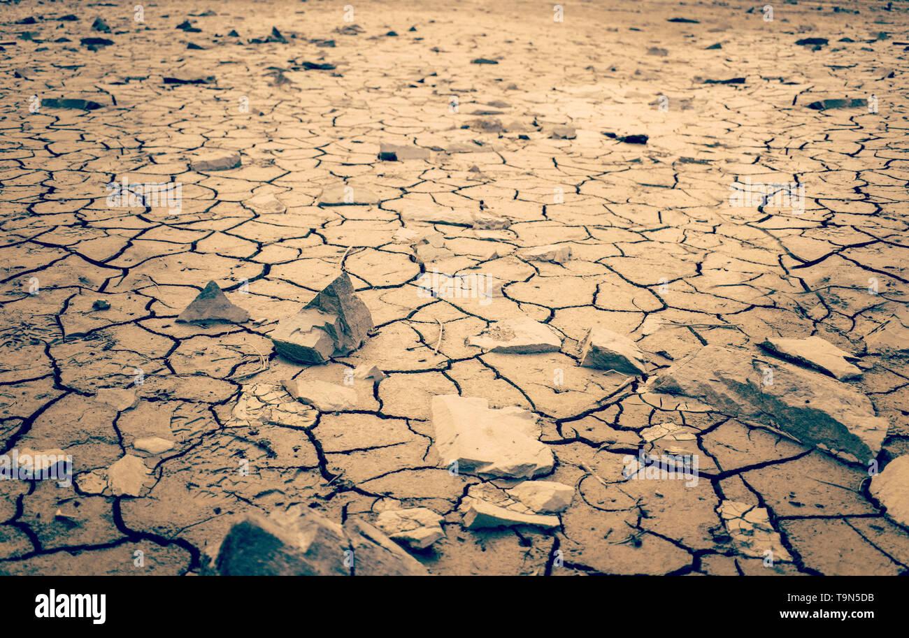 Mohave Desert Dry Cracked Desert Earth Wasteland Dramatic Shot - Stock Image