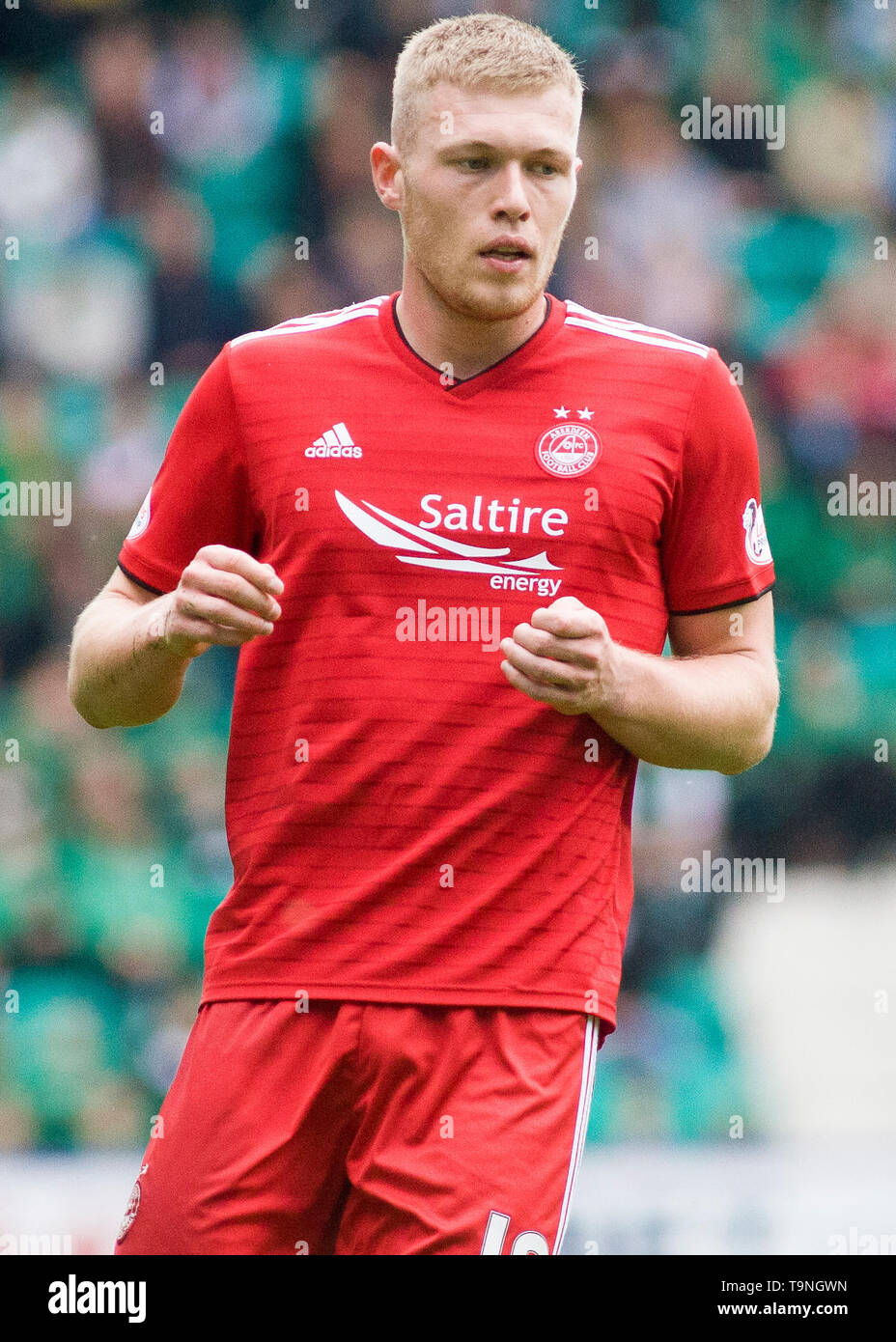 Edinburgh, UK. May 19 2019. Sam Cosgrove of Aberdeen  during the Ladbrokes Premiership match between Hibernian and Aberdeen at Easter Road on May 19 2019 in Edinbugh, UK. Editorial use only, licence required for commercial use. No use in Betting, games or a single club/league/player publication. Credit: Scottish Borders Media/Alamy Live News Stock Photo