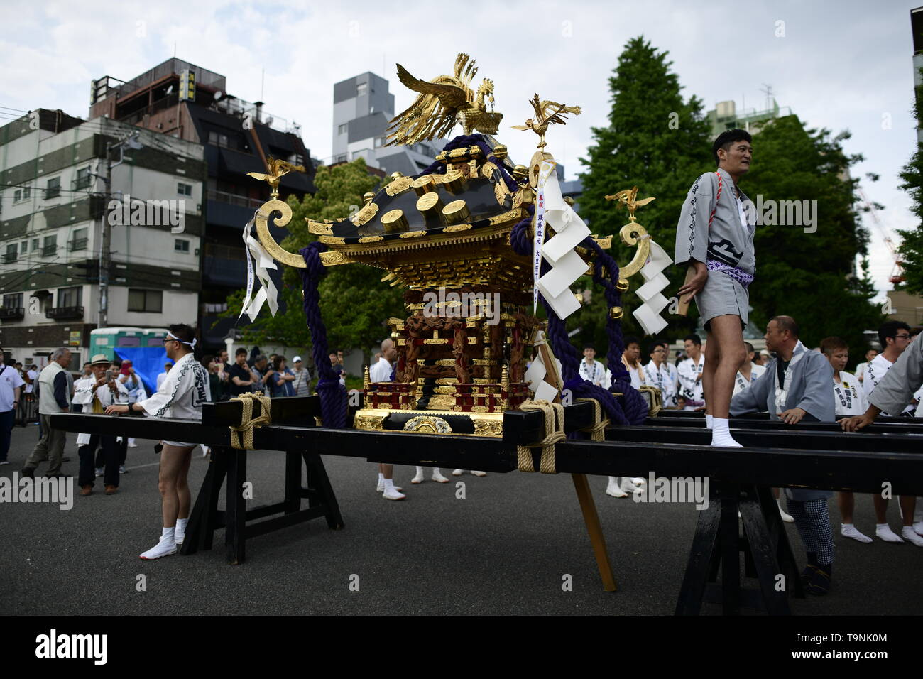 """TOKYO, JAPAN - MAY 18: A portable shrine at rest during Tokyo's one of the largest three day festival called """"Sanja Matsuri"""" on May 18, 2019 in Tokyo, Japan. A boisterous traditional mikoshi (portable shrine) is carried in the streets of Asakusa to bring luck, blessings and prosperity to the area and its inhabitants. (Photo: Richard Atrero de Guzman/ AFLO) Stock Photo"""