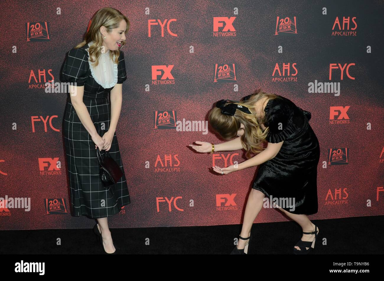 Los Angeles, CA, USA. 18th May, 2019. Leslie Grossman, Billie Lourd at arrivals for AMERICAN HORROR STORY: APOCALYPSE FYC Event, NeueHouse, Los Angeles, CA May 18, 2019. Credit: Priscilla Grant/Everett Collection/Alamy Live News - Stock Image