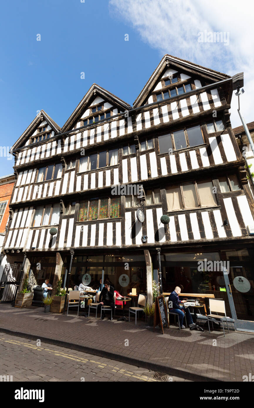 Medieval Worcester city UK - a 15th century medieval building, now a cafe, Worcester, Worcestershire UK - Stock Image
